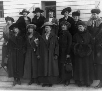 Group portrait of women activists supporting passage of the Sheppard-Towner bill