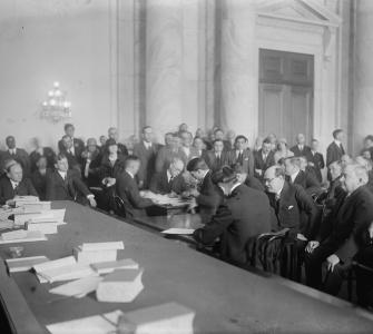 Senate Committee on Public Lands and Surveys hearing on the Teapot Dome oil leases, Senate Caucus Room, photograph, 1924