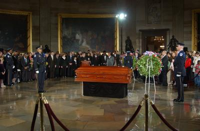 Rosa Parks lay in honor